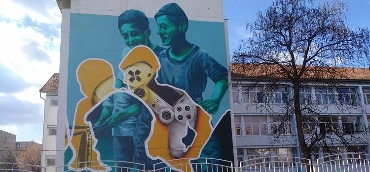 USR propune pentru bugetul din 2019: Artă-n curtea școlii. Picturi murale pe zidurile școlilor din Timișoara