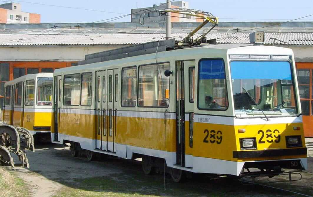 Societatea de Transport Public Timișoara e pe cale să arunce la fier vechi tramvaie, firobuze și autobuze de colecție
